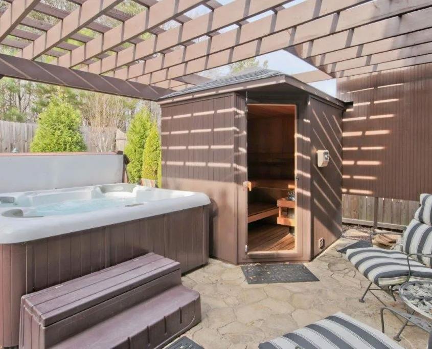 Southeast Leisure Saunas